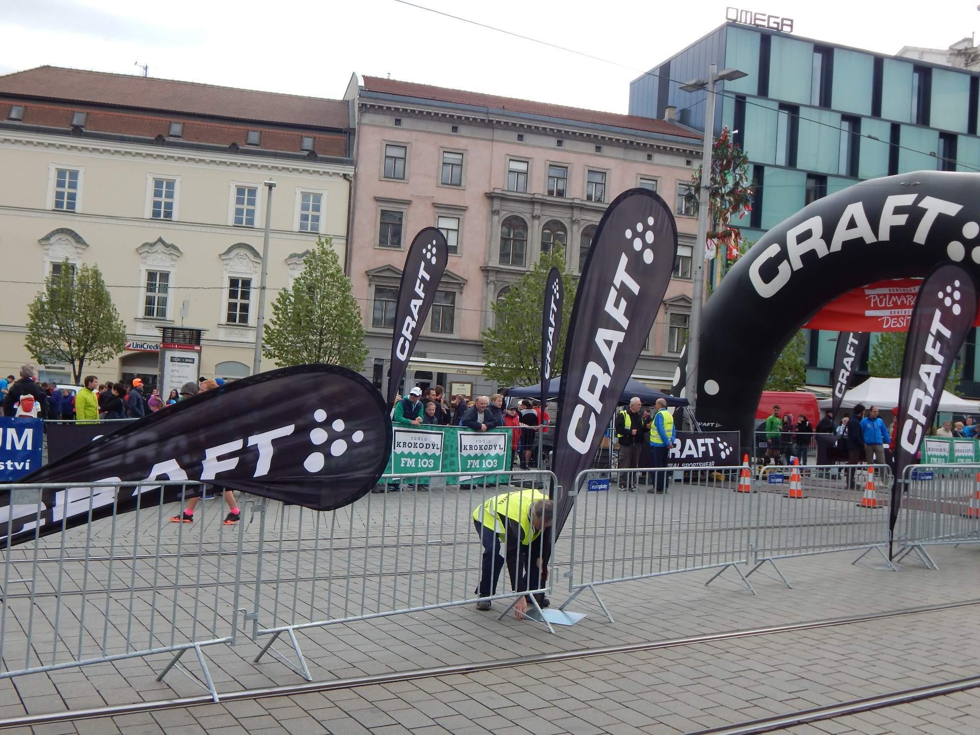 V Brně foukal silný vítr, na který si po závodě závodníci stěžovali Foto: Adam Lukůvka