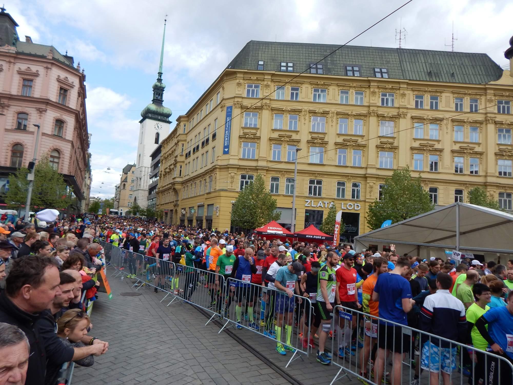 S počtem závodníků i diváků mohli být organizátoři spokojení Foto: Adam Lukůvka