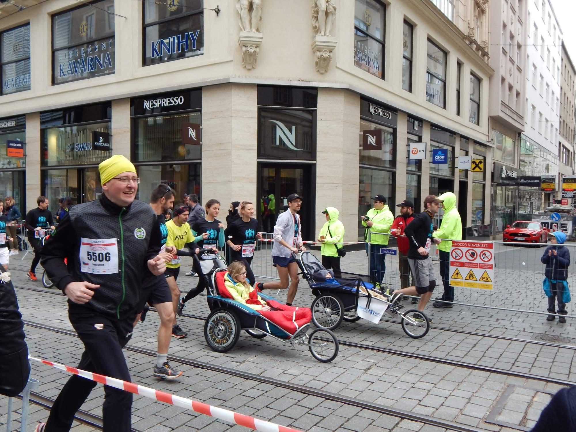 Zážitek ze závodu měli díky neziskové organizaci i handicapovaní Foto: Adam Lukůvka