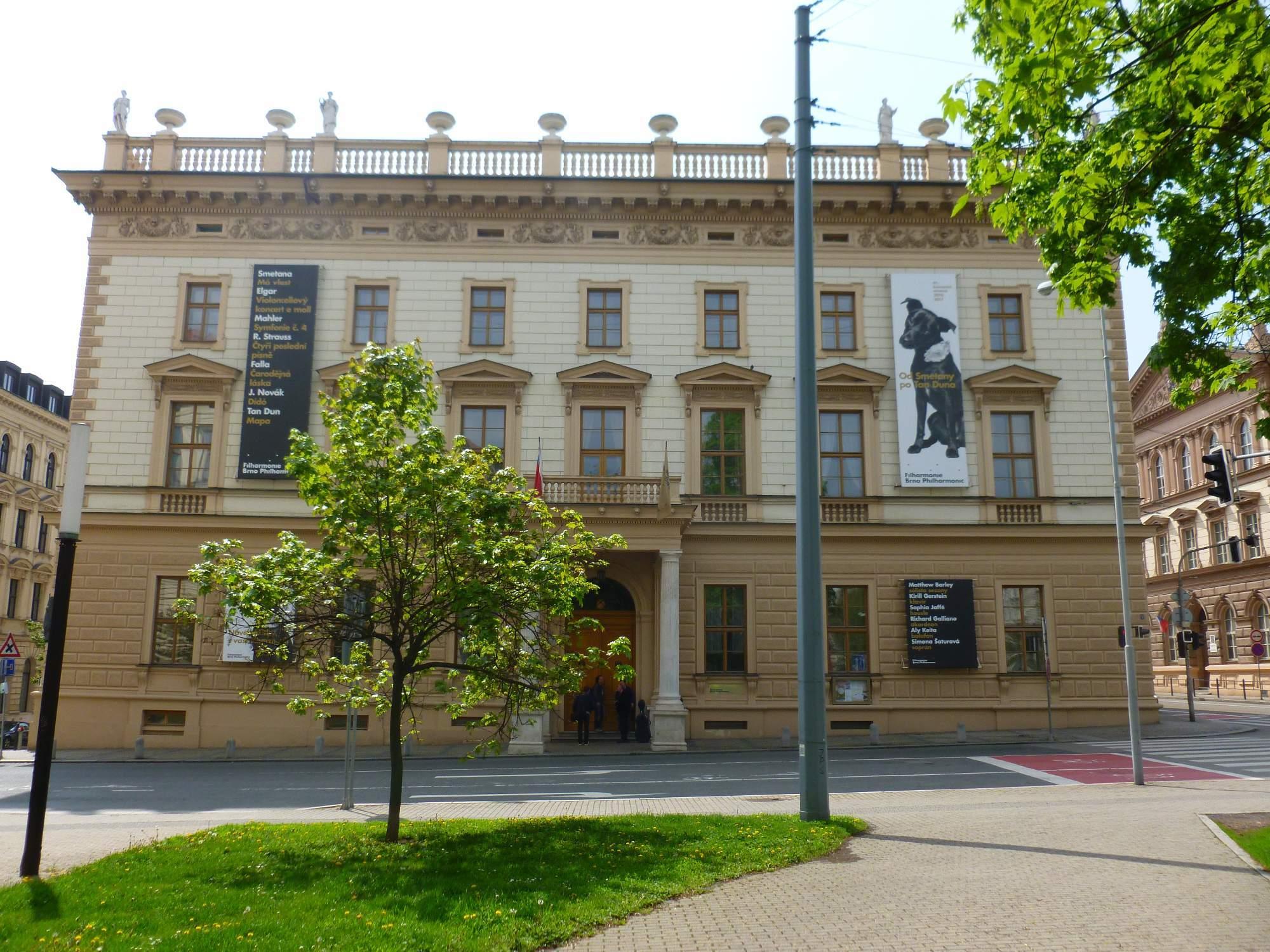 Další českou stavbu představuje Besední dům, který pro brněnské Čechy znamenal centrum kulturního života. Foto: Kristýna Hortvíková