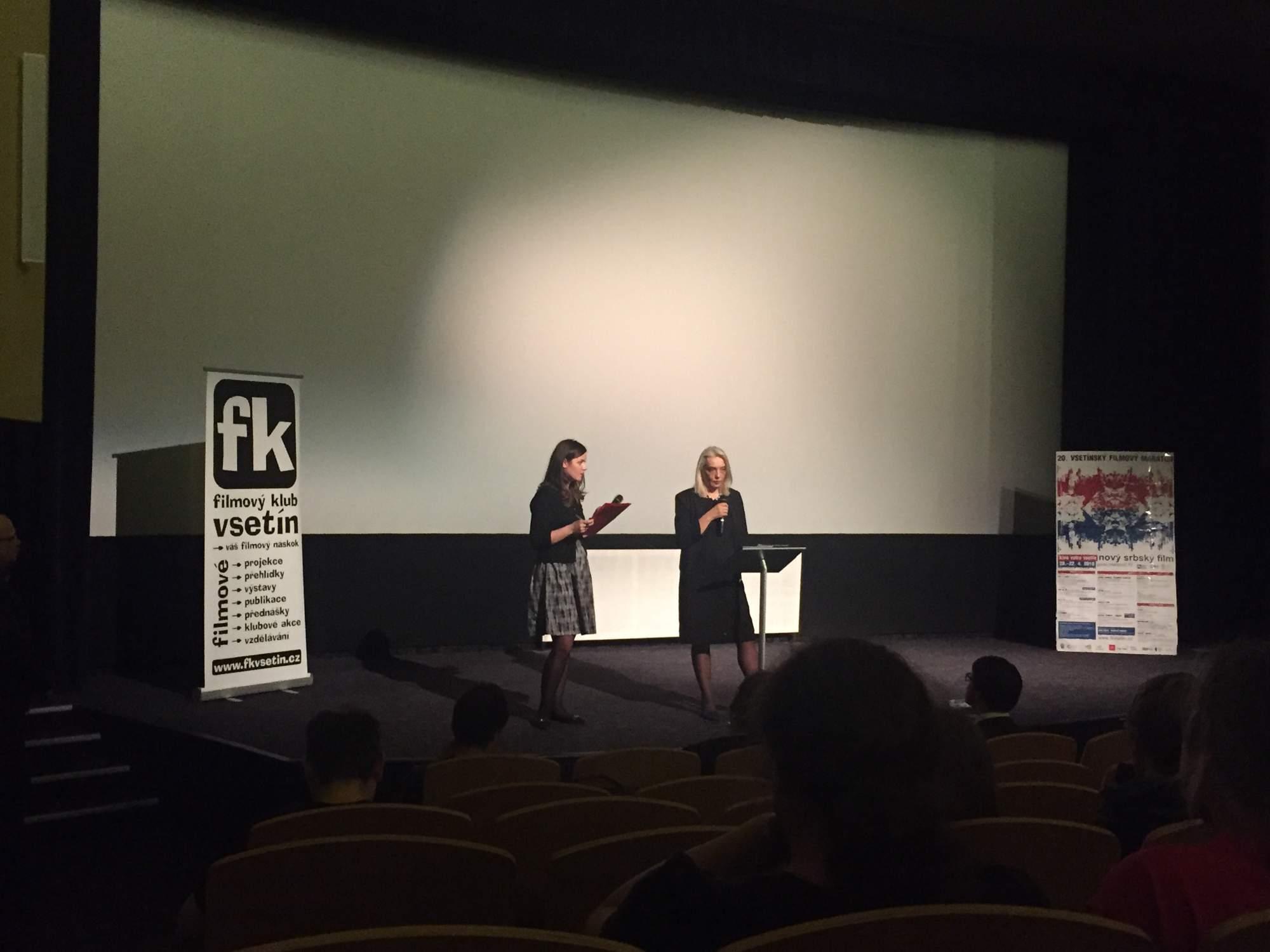 Festival zahájila srbská velvyslankyně v České republice Vera Mavrić