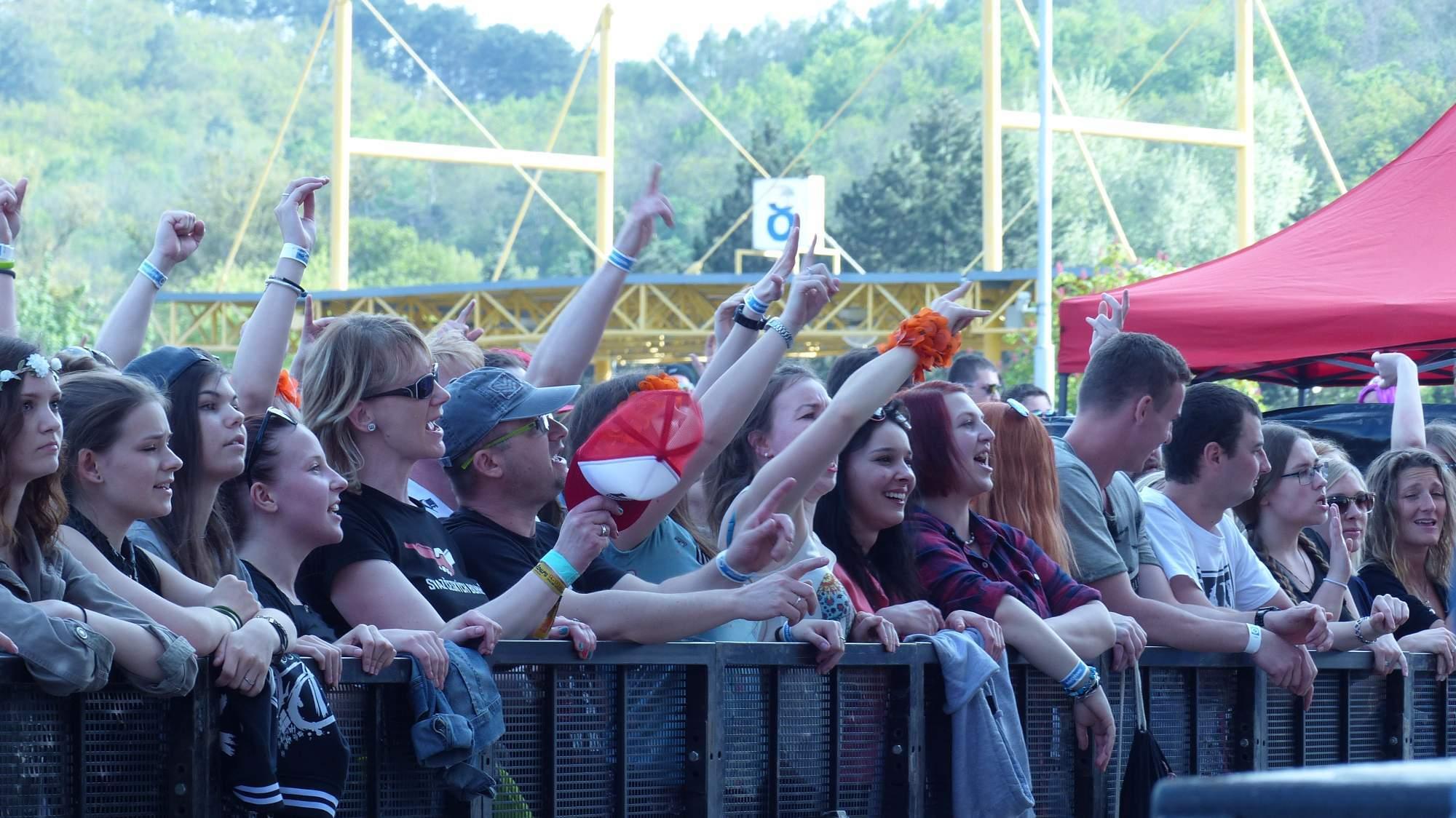 Fanoušci kapely Wohnout. Foto: Kristýna Kucharčíková