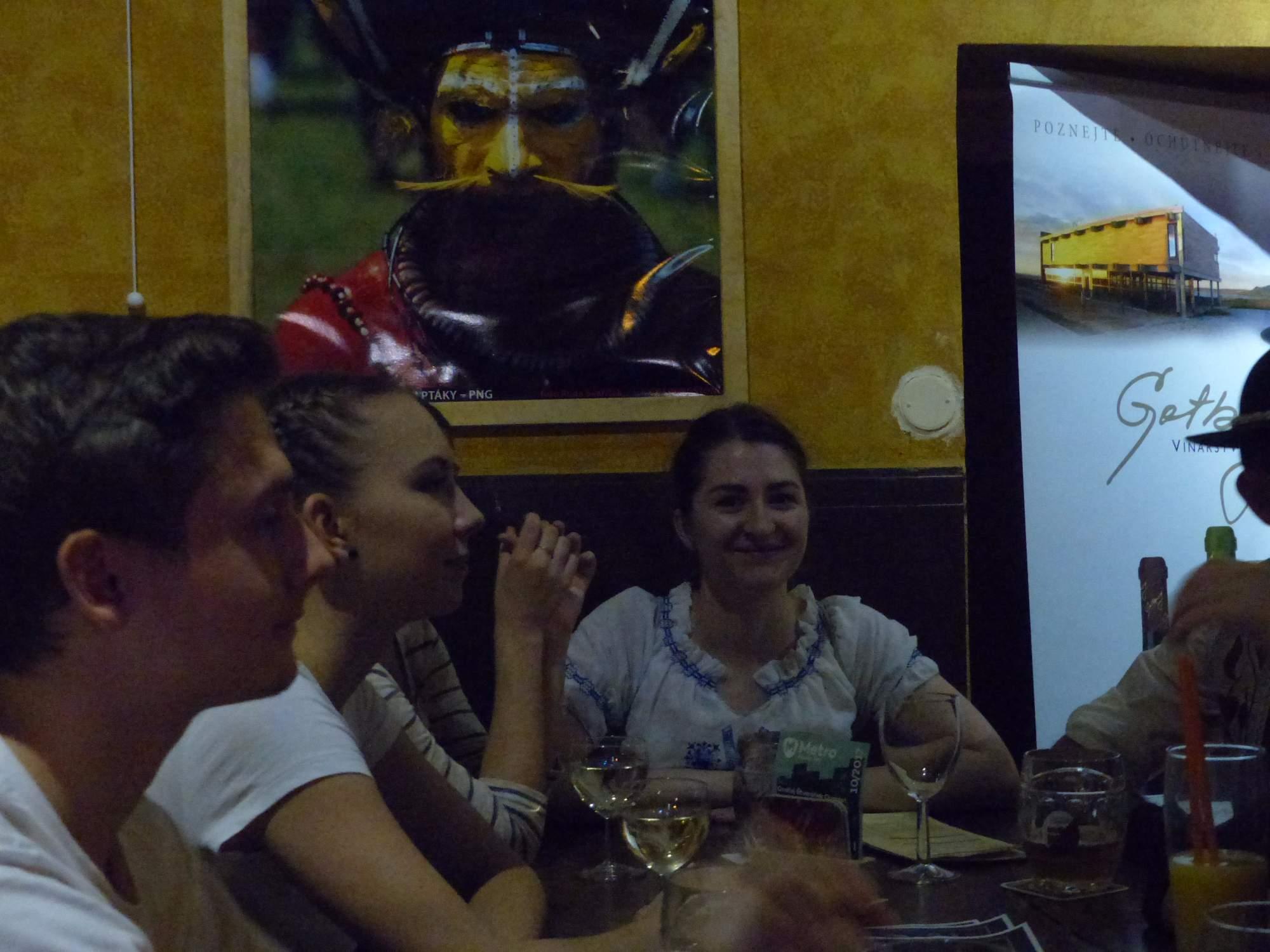 Netradičné bolo spojenie slovenského folklóru a africkými motívmi v klube. Foto: Vanesa Čierna