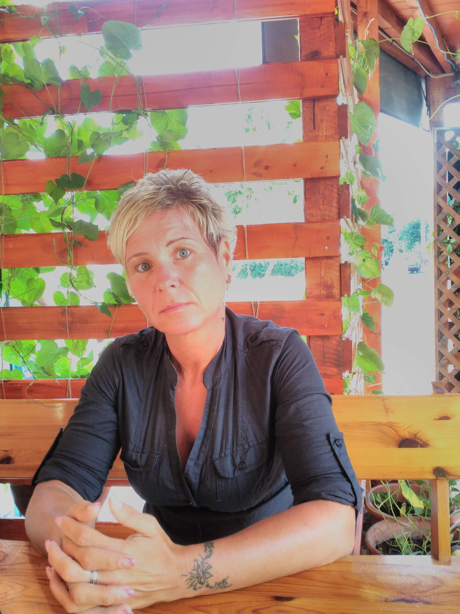 http://img25.rajce.idnes.cz/d2502/14/14660/14660196_9f28440ac985ba1fcc32e6bdf80e4ecf/images/foto_telefon_m_332.jpg