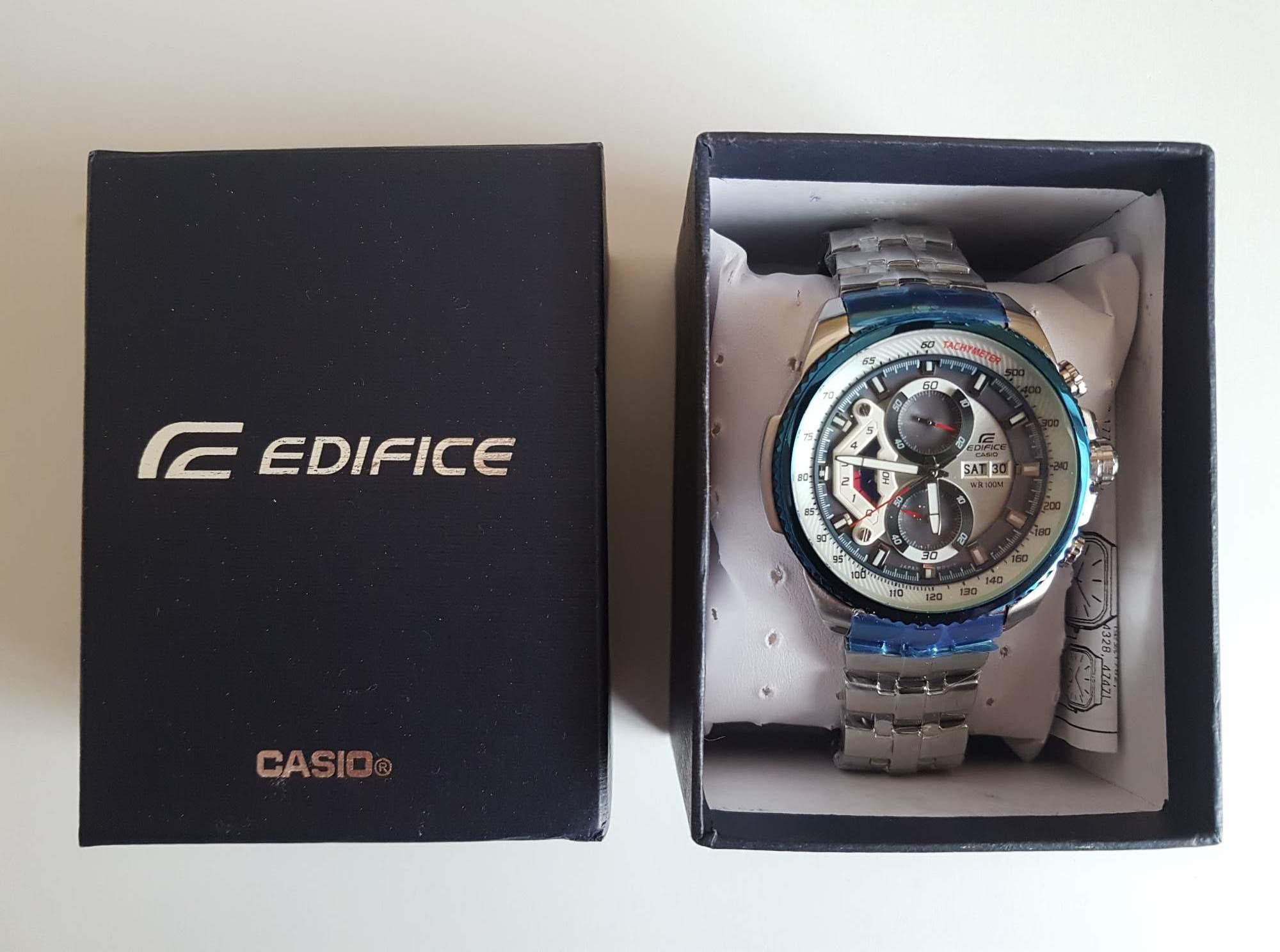Hodinky Casio Edifice Chronograph EF-558D-2AV - aukce online - auktiva 8429b10a3aa