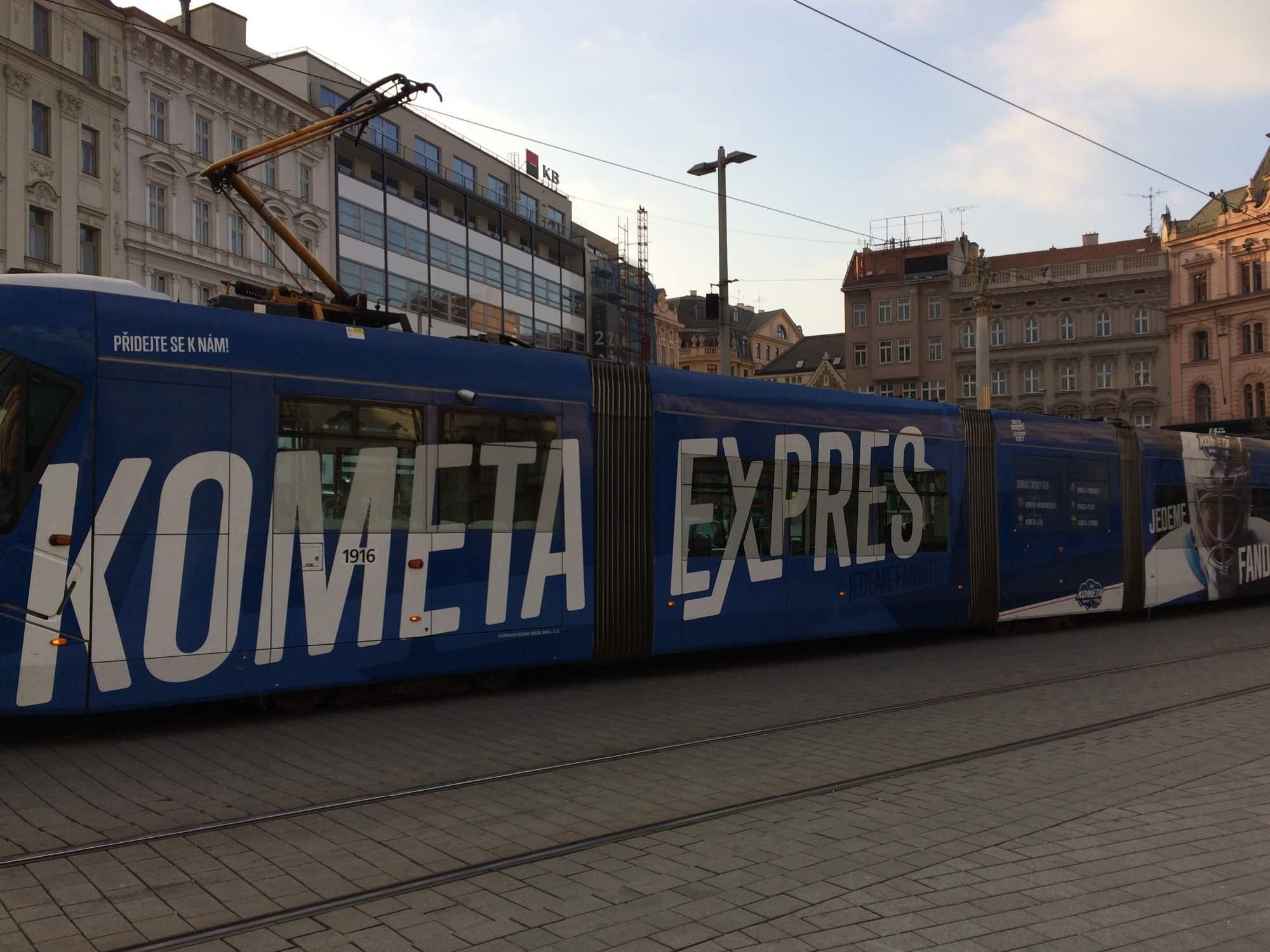 Kometa Expres na námestí Slobody
