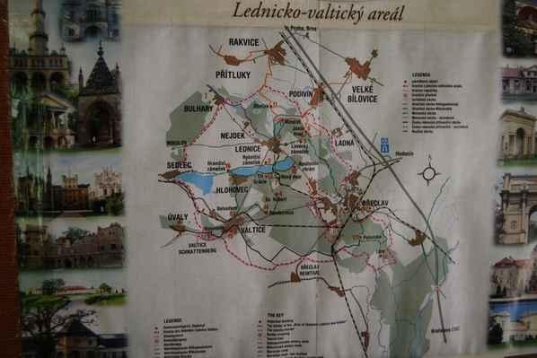 01_Lednicko-valtický areál - Lednicko-valtický areál - místo našeho sobotního výletu...
