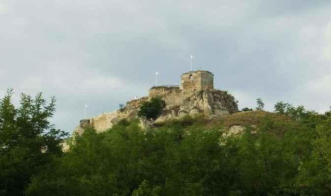 hrad siroki vár...
