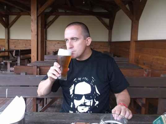 Larische MEDový,restaurace Ovečka-Karvinský pivovar