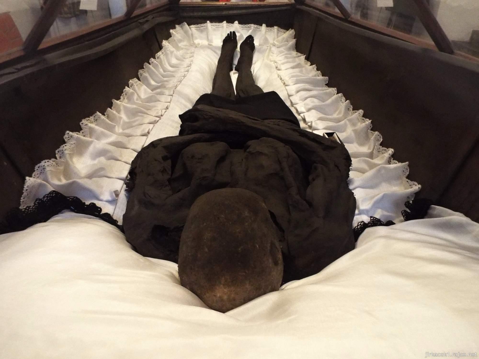 Brno - Kostel Nalezení sv. Kříže a kapucínská hrobka -  Baron Trenck v rakvi