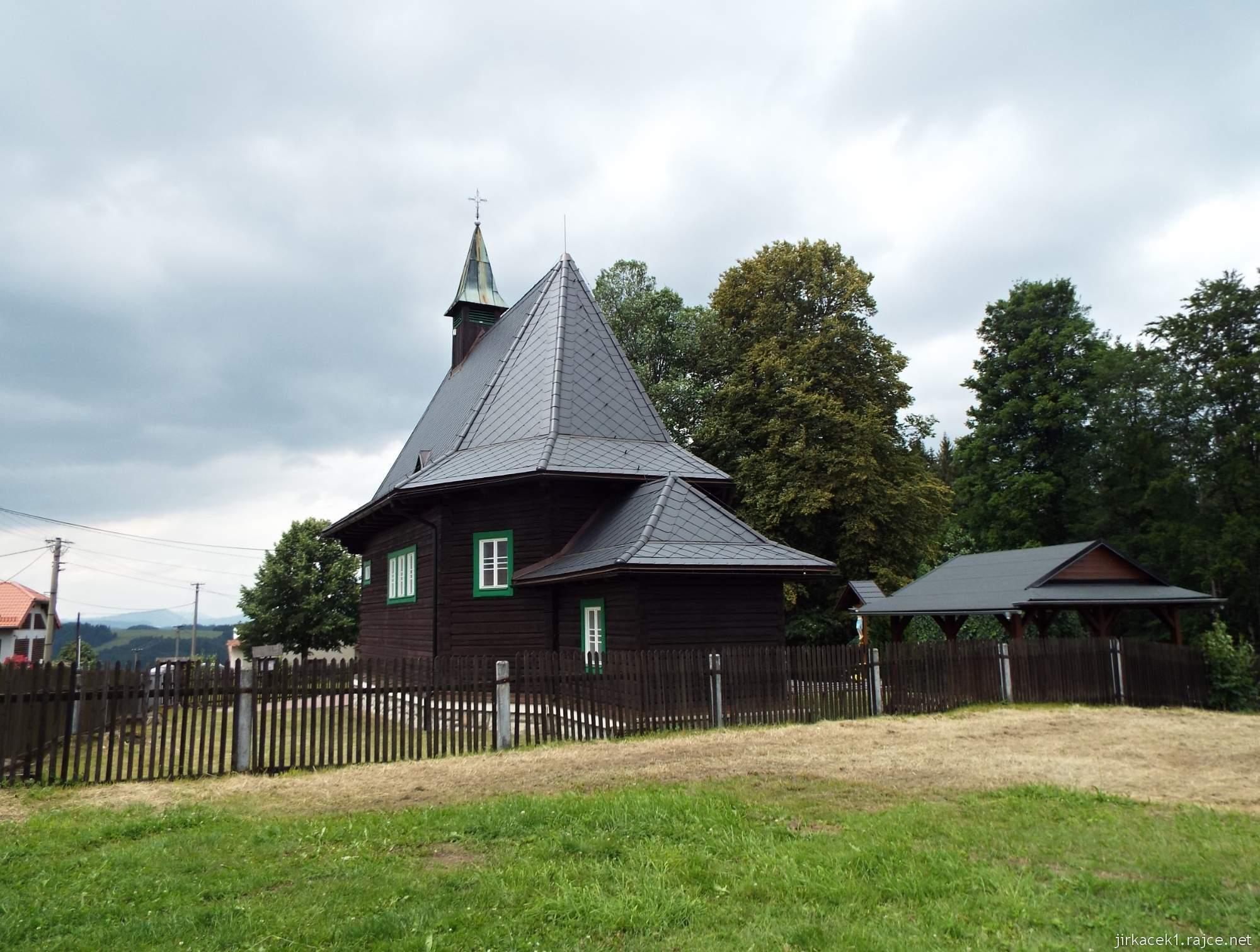 Hrčava - Kostel sv. Cyrila a Metoděje - zadní pohled