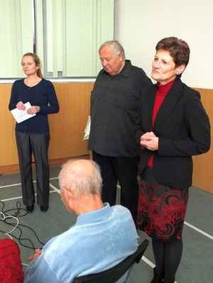 Zleva Mgr. Dagmar Hamalová, Miroslav Gabriel Částek, Ing. Jaromíra Vtková. 3. 12. 2016