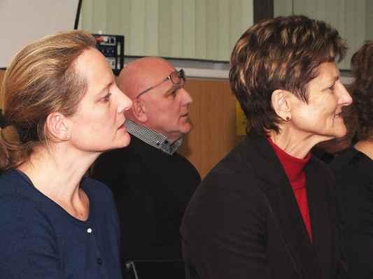 Zleva Mgr. Dagmar Hamalová, Ing. Jaroslav Vítek, Ing. Jaromíra Vítková. 3. 12. 2016