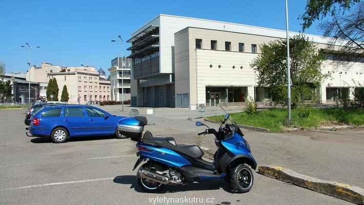 Parkujeme v Ostravě u Výstaviště Černá louka