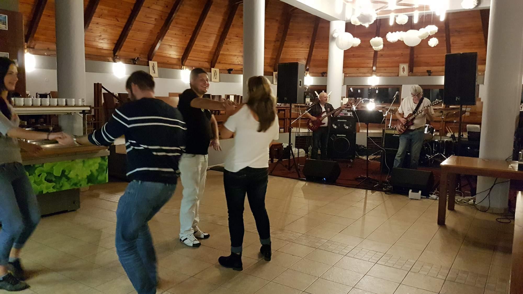 2017/09 - Frekvence Praha - Restaurace Lokai-Koliba