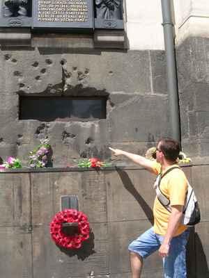 Kostel sv. Cyrila a Metoděje v Praze - tady 18. 6. 1942 padlo 7 statečných parašutistů, kteří 7 hodin odolávali přesile více něž 800 členů jednotek SS.