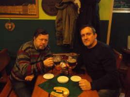Borůvkový ležák 12°, 5,1% , Beskydský Pivovárek Ostravice, Podkova Karviná - Publicista píšící o pivu, pivní znalec, degustátor piva, spisovatel a ostravský beer hunter Martin Jarošek v karvinské Podkově.