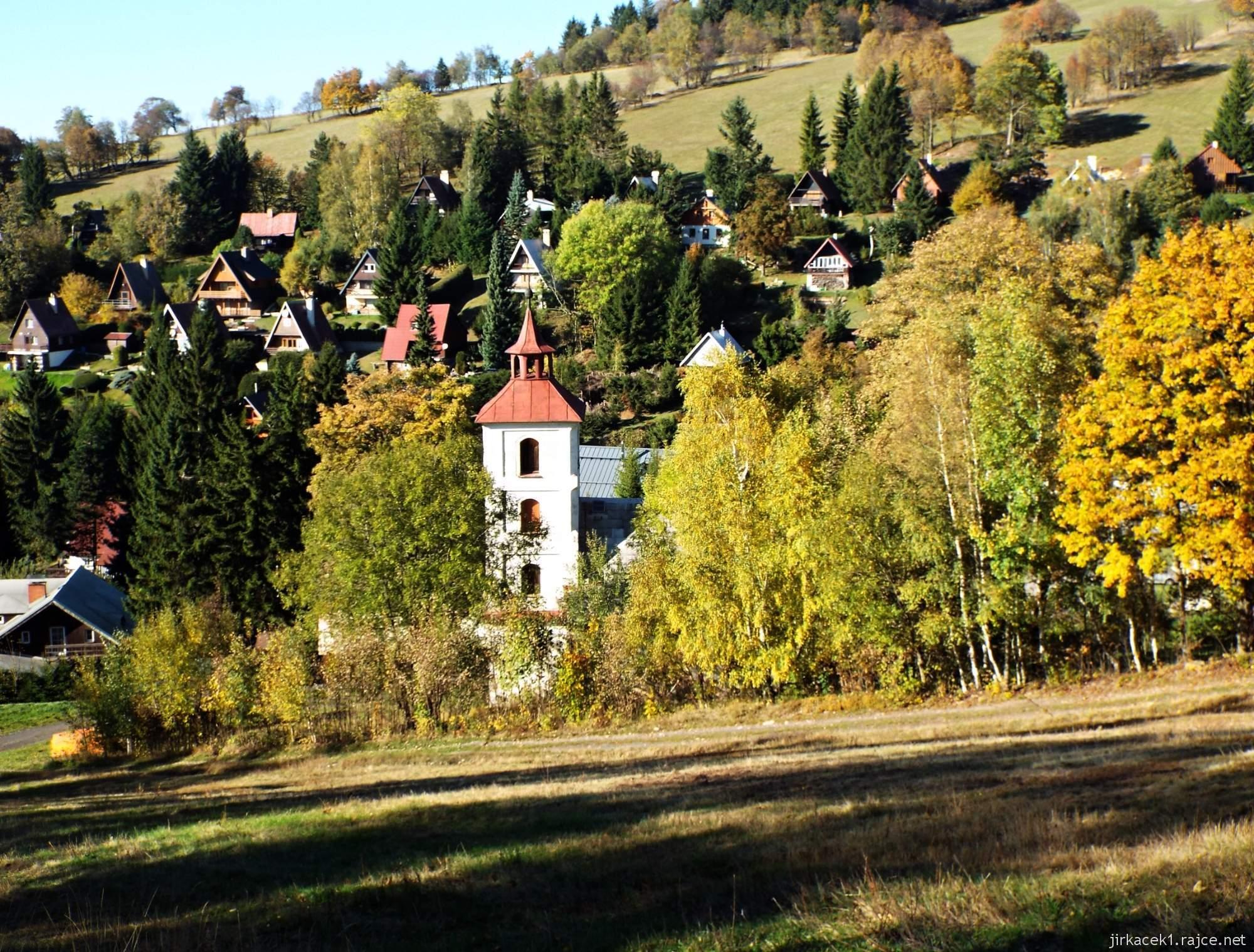 Čenkovice - lanovka u sjezdovky Třebovská a evangelický kostel