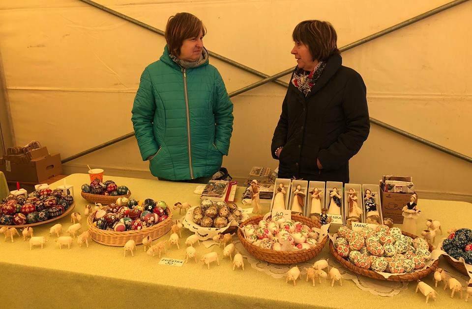 Mezi nabízenými výrobky byly také velikonoční kraslice. Foto: Denisa Mazourková