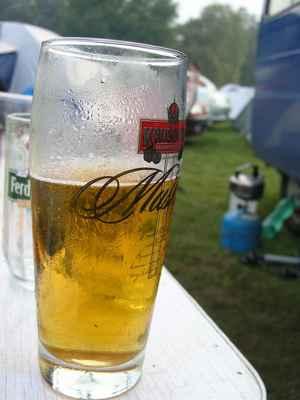 Pivo nesmí chybět - photo by © Michal Hanisch, 2009