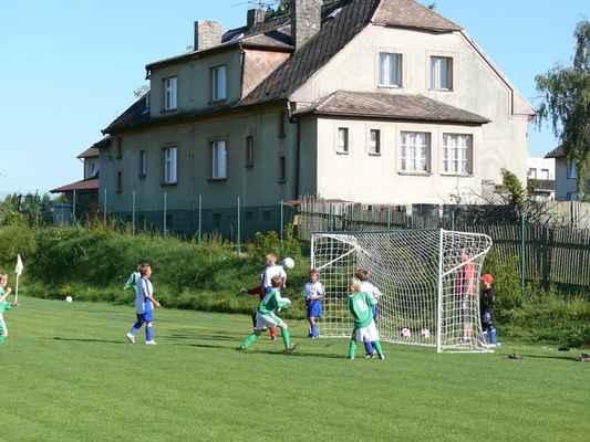 Přípravka v Bělčicích - Přátelský zápas přípravky v Bělčicích, který jsme vyhráli 8:3. Soupeř kope roh