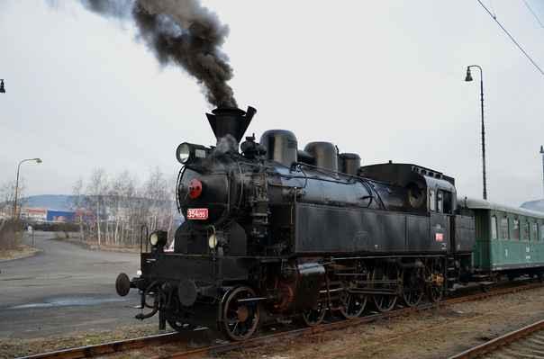 Velký vlakový víkend – hledání na Rajčeti ed197bd220